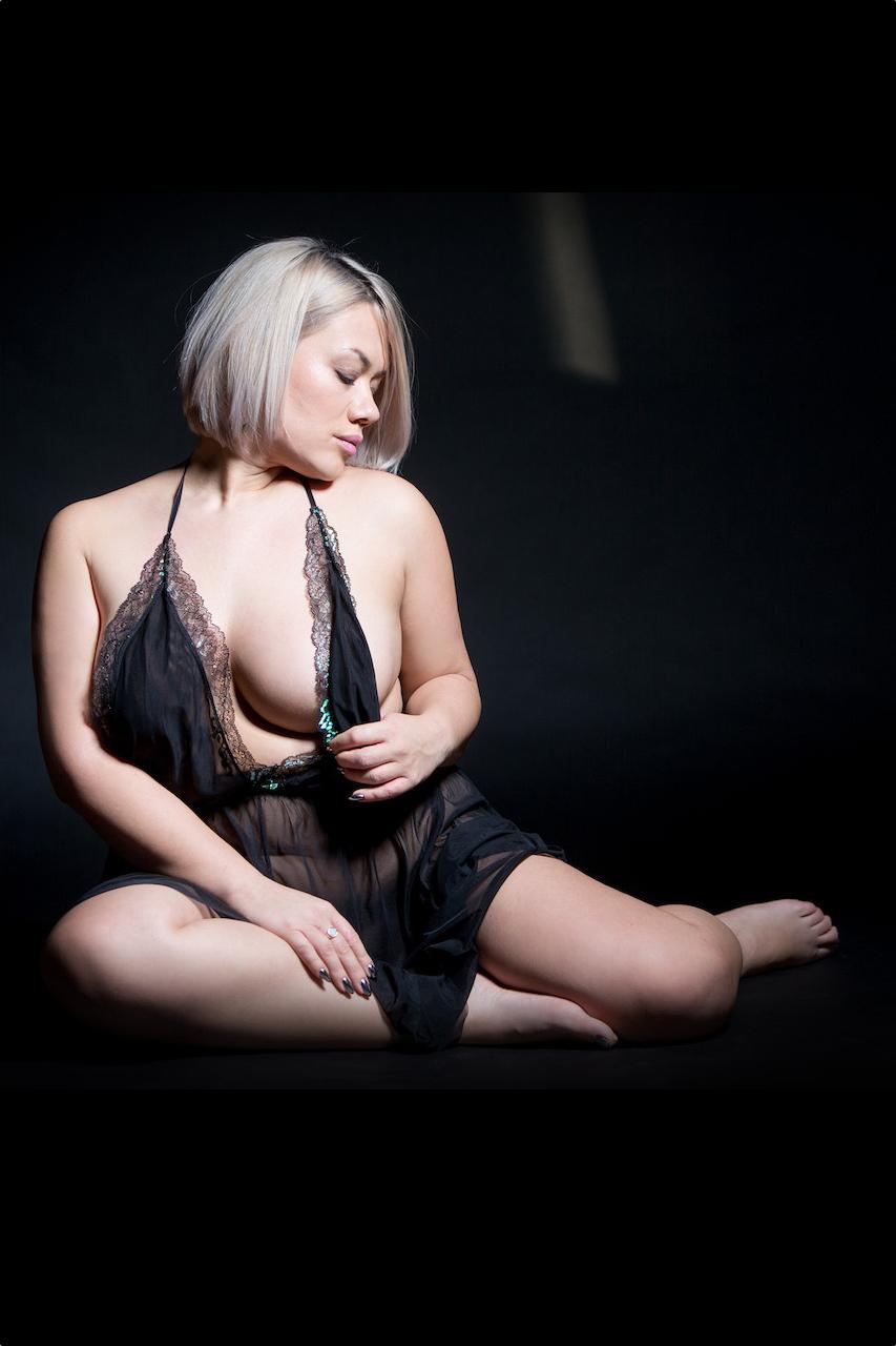 Lily Badu, Luxury Escort Berlin